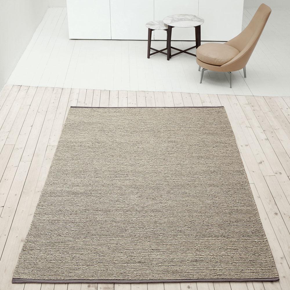 teppich aram von kinnasand f r 413 25. Black Bedroom Furniture Sets. Home Design Ideas