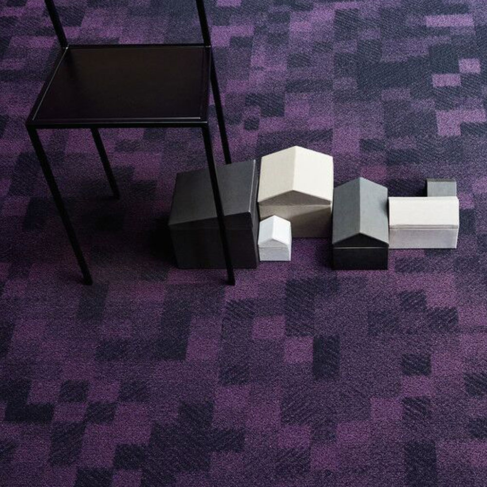 Area 700 - Farbe 734 Dark Violet
