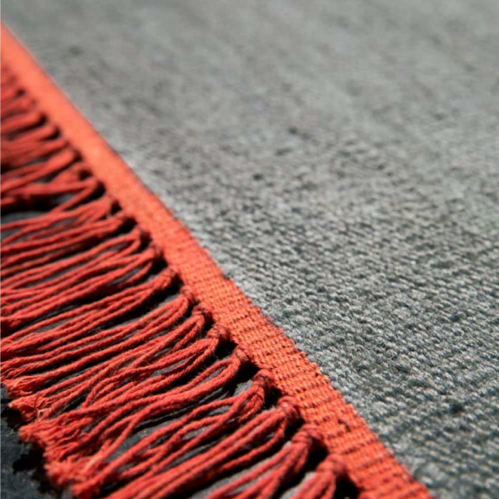 teppich vintage cross coloured fringes von kinnasand f r 318 25. Black Bedroom Furniture Sets. Home Design Ideas