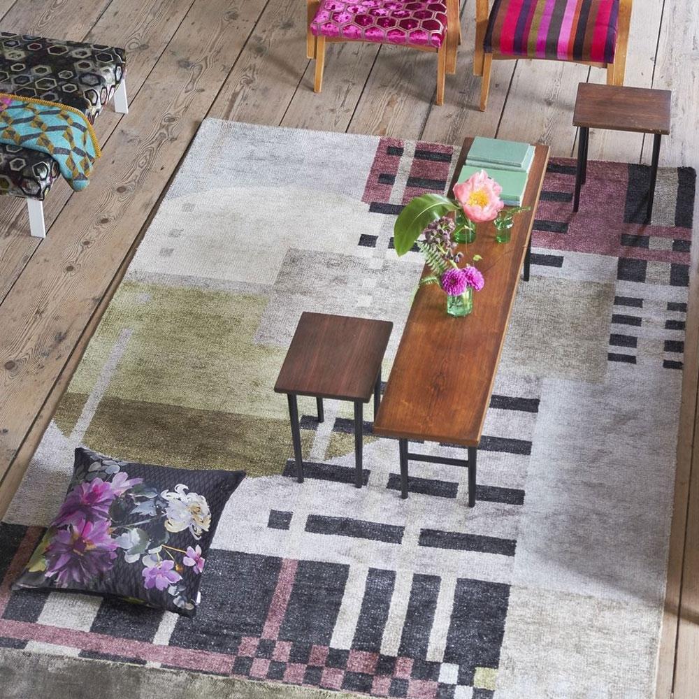 Teppich Chandigarh - Farbe Berry - im Wohnzimmer