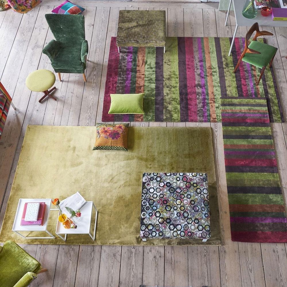 Designers Guild Teppich Eberson Moos - im Wohnzimmer