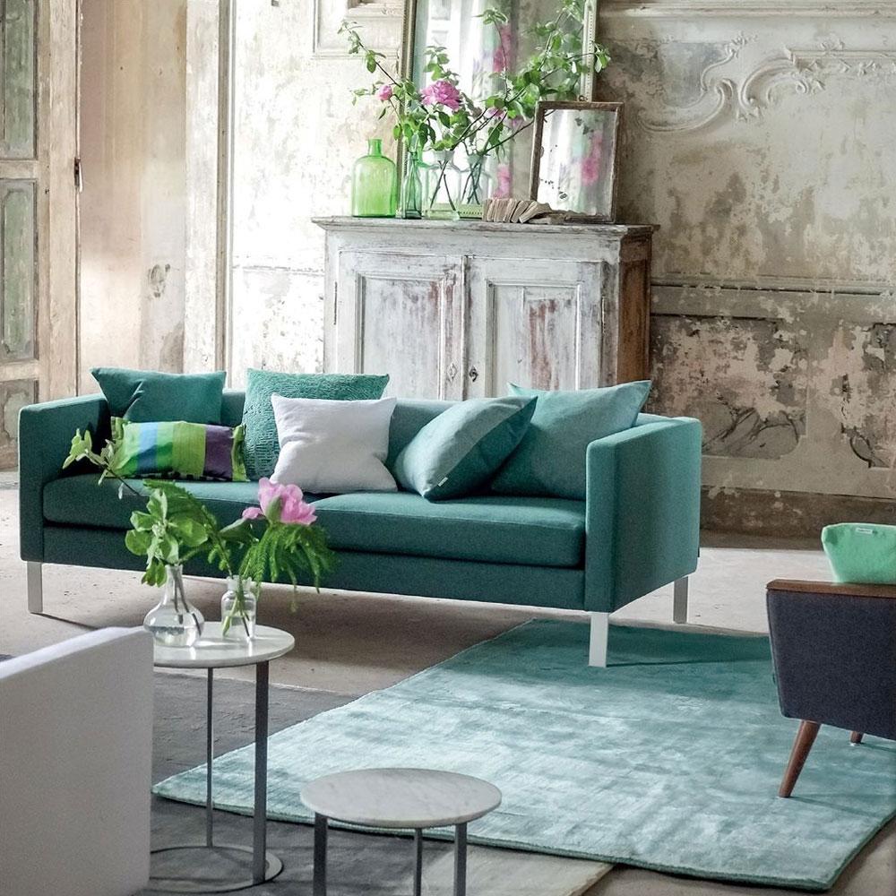 Designers Guild Teppich Eberson Aqua - im Wohnzimmer