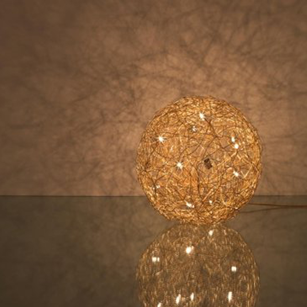 bodenleuchte fil de fer 12v led gold von catellani smith f r. Black Bedroom Furniture Sets. Home Design Ideas