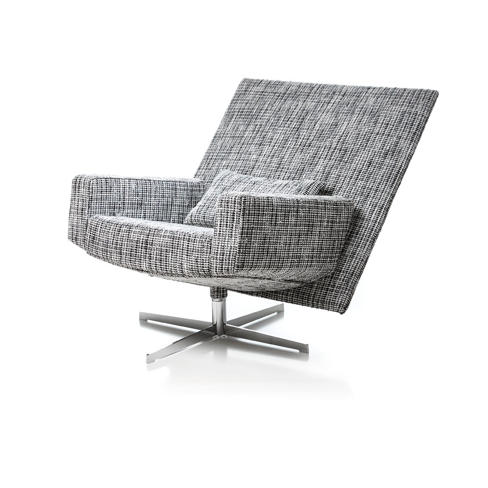 Jackson Chair - Bouclé Black & white - in geneigter Position