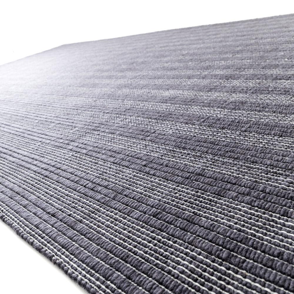 Kymo Teppich - Line Up - Farbe dark mauve