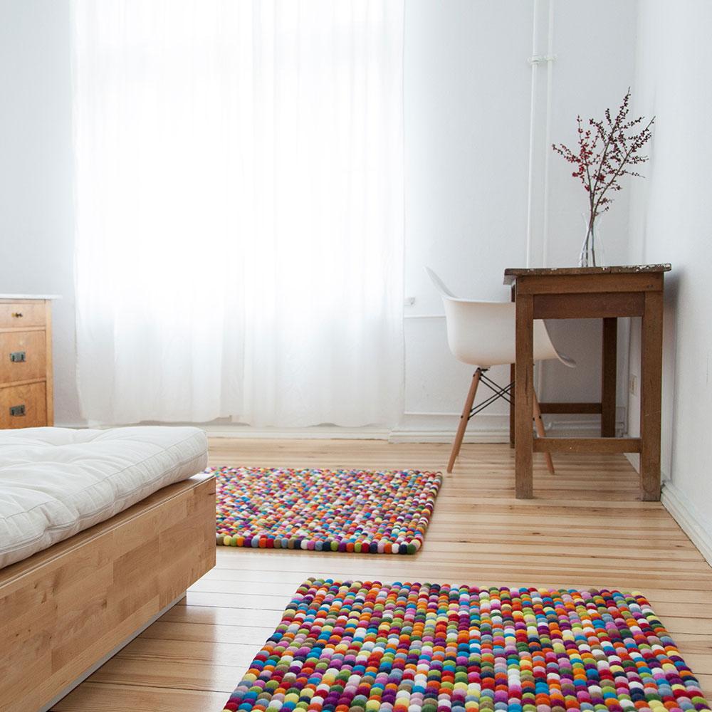 Lotte im Schlafzimmer