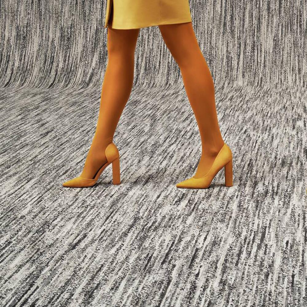 Object Carpet – Teppichboden Meet x Beat – Farbe 1011 im Raum