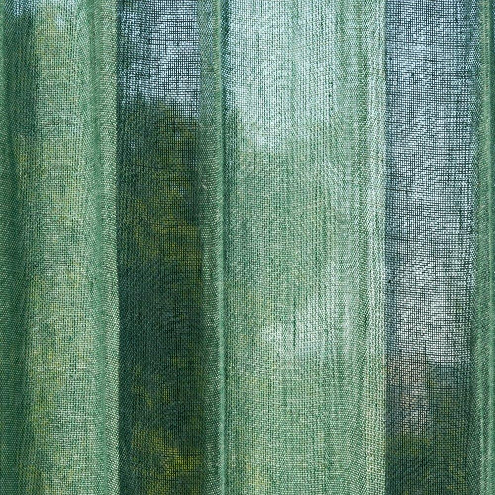 Kinnasand by Kvadrat - Vorhangstoff Open - Raumansicht Farbe 0014