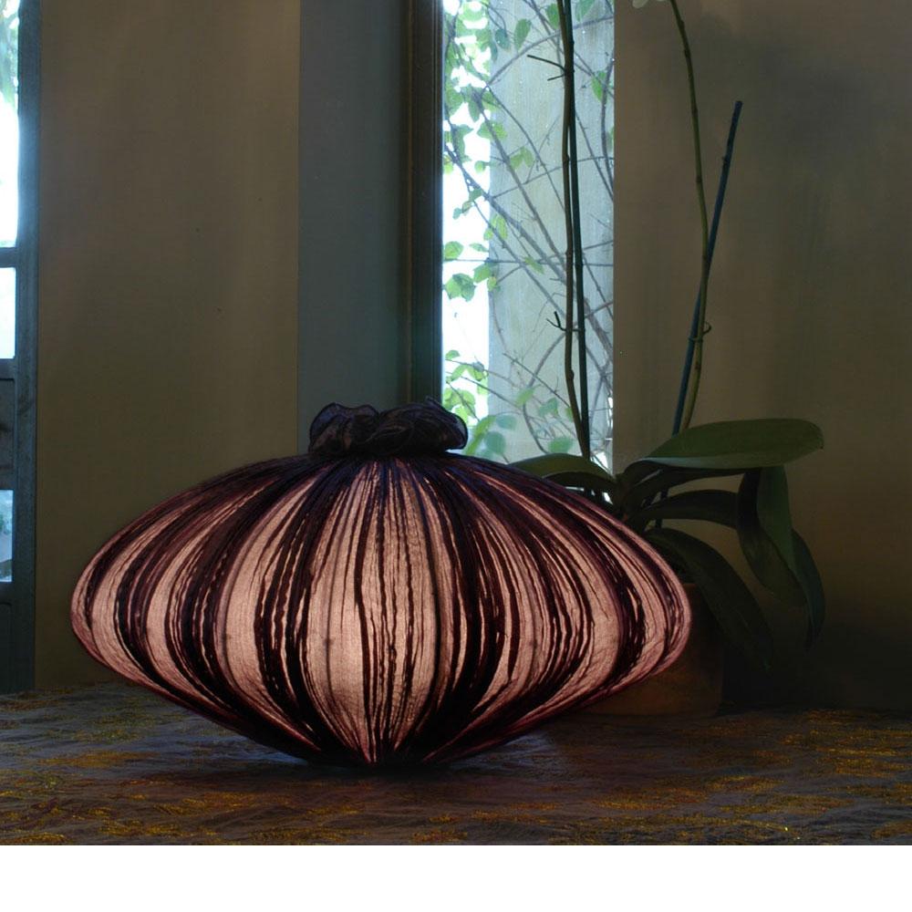 Suuria Table Lamp - Farbe redwood/ rosenholz